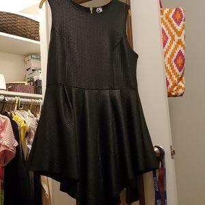 Eien black dress